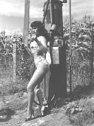 Bettie-Page-0143