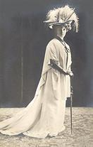 victorian fashion 1900s lady cane